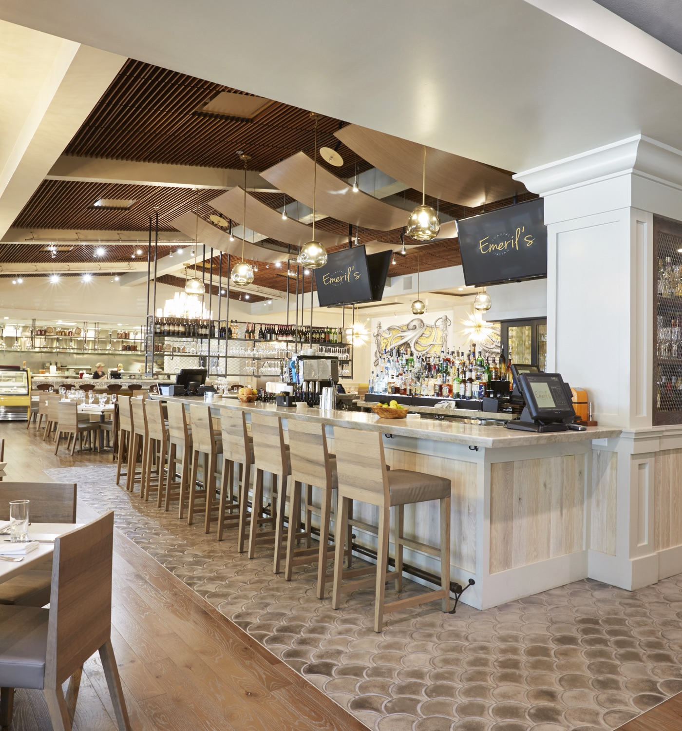 Emeril Lagasse's Coast Italian Restaurant Interior - Lovelace Interiors - Bar
